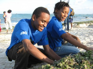 In Dar es Salaam, Tanzania, students did a beach cleanup and educated people about the need for climate action.