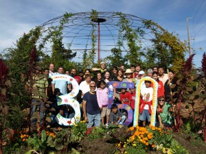 "East Palo Alto, United States  Volunteers with Collective Roots helped plant a community garden as part of a sustainable food initiative at the East Palo Alto Charter School.  On 10/10/10, there will be over 7,000 similar climate action events taking place in in 188 countries around the world as part of ""The Global Work Party.""   This synchronized international event is organized by 350.org, and is expected to be the largest day of climate action in history."