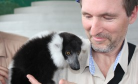 Darcy Rhyno with lemur at Jungle Island.