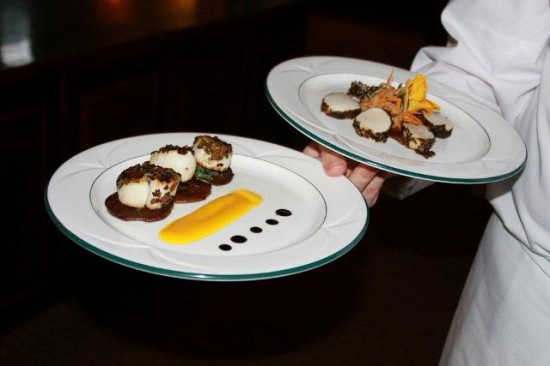Scallops Sauteed in Dulse and Nori and plated 2 ways