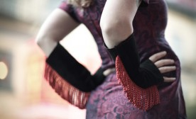 Rosie Bitts Brings You Burlesque Fashion