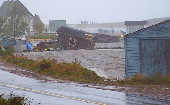 Hurricane Igor hits Newfoundland by Angela Hollett, CBC.ca