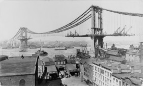 Manhattan Bridge Construction in 1909