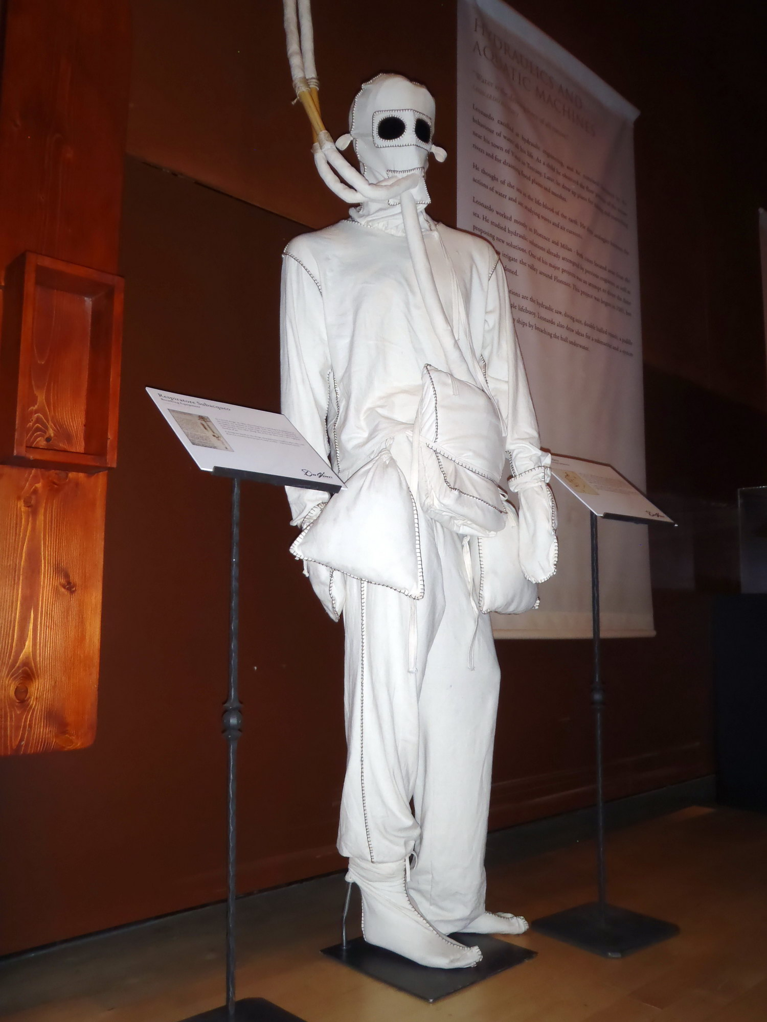 leonardo da vinci diving suit - photo #12