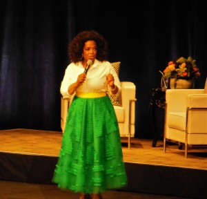 Oprah at the Bell Center (2)