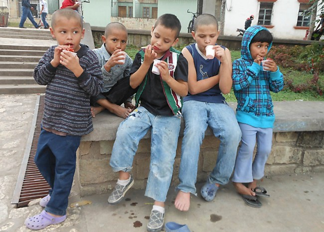 Sno-cones for the Angelitos kids at the city park in Copan Ruinas
