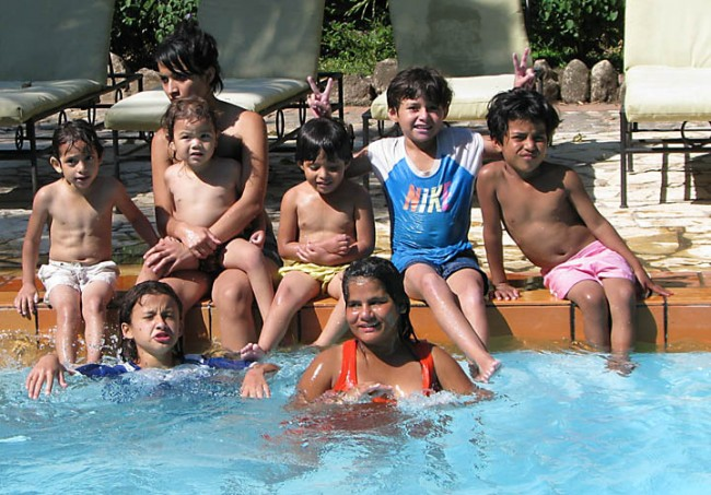 An outing to a hotel swimming pool in Copan Ruinas