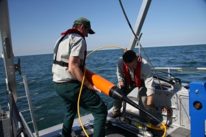 Ryan and Jonathan retrieving the side-scan sonar and magnetometer towfish at the completion of the expedition.