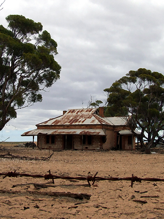 Farmhouse and barbed wire South Australia Yorke Peninsula