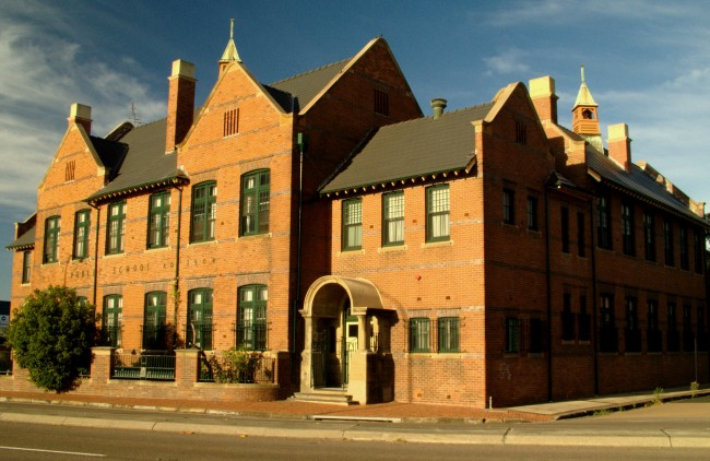 Wickham Public School was built in 1904 and based on the Edwardian style of building.