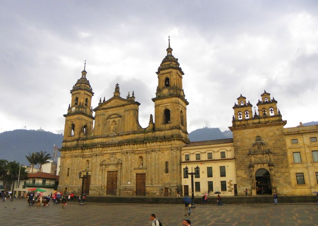 View of Primary Cathedral, Plaza Bolivar