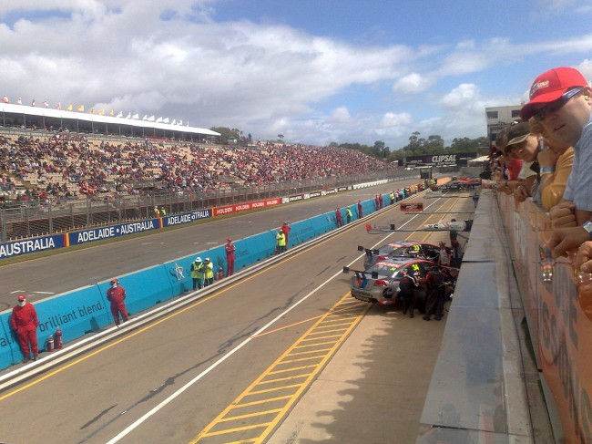 Clipsal 500, Adelaide. Pit straight during qualifying on the Friday in 2008