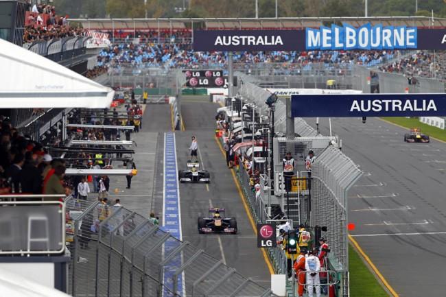 2011 Australian GP pit lane