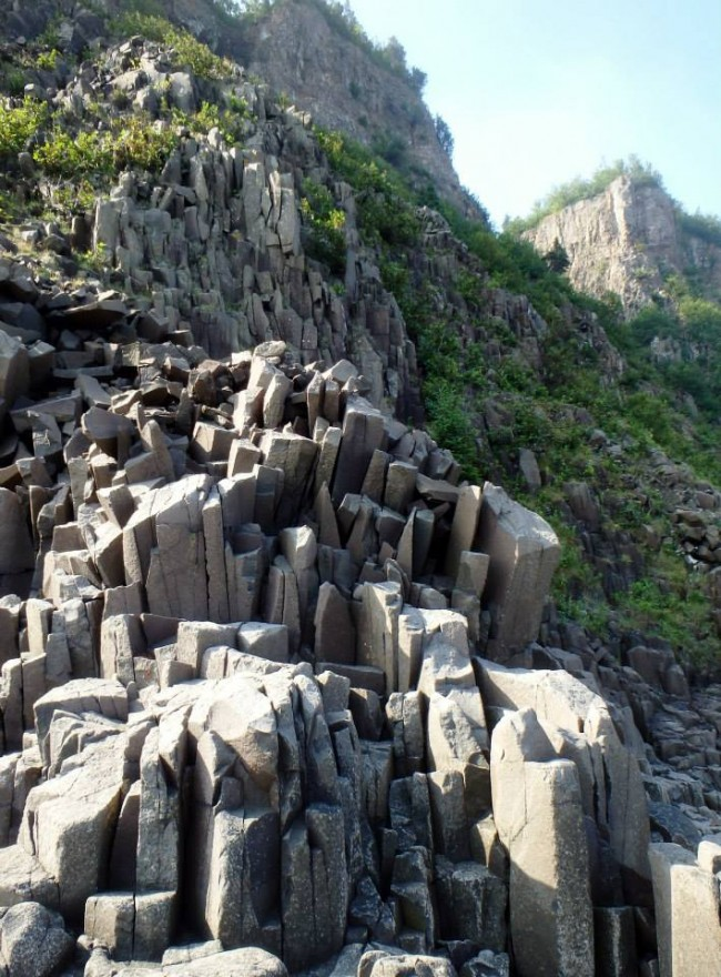 Step-like basalt columns which look almost man-made