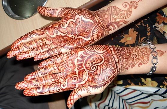 Eisha's henna hands