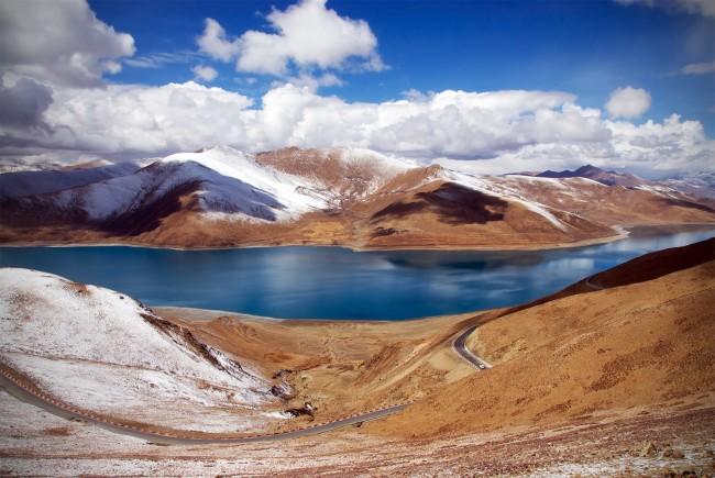Yomdrok Lake near Lhasa