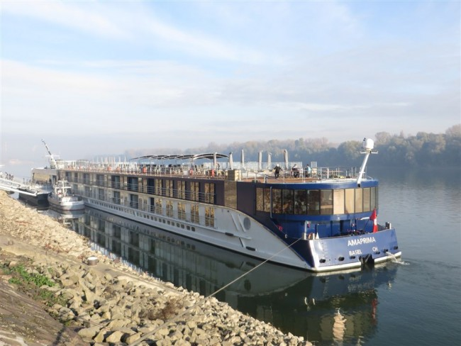 AmaPrima in the Danube mist