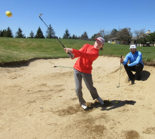 Breaking out of the sand trap, golf lessons © Rob Campbell