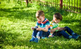Technology vs Nature – Why Outdoors Activities Are Essential for Kids