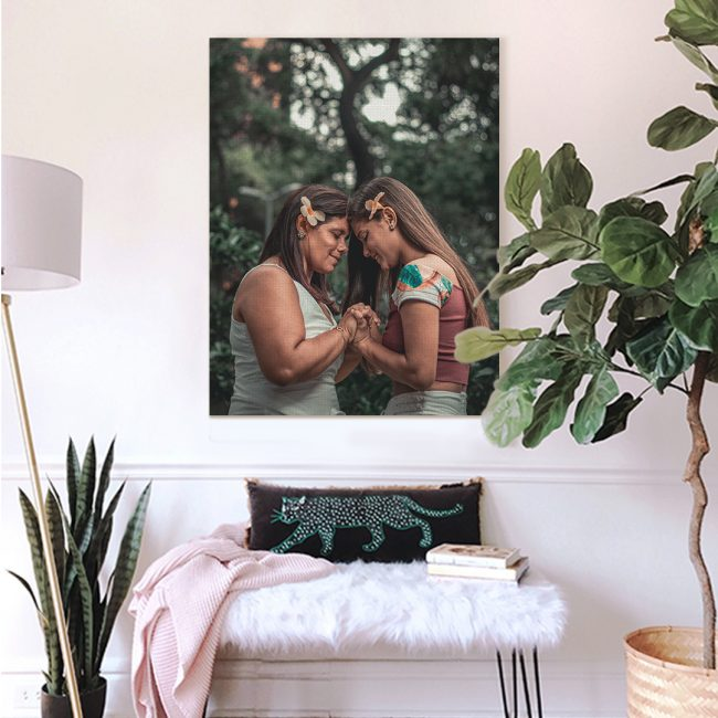 Canvaspop canvas print - mom and daughter
